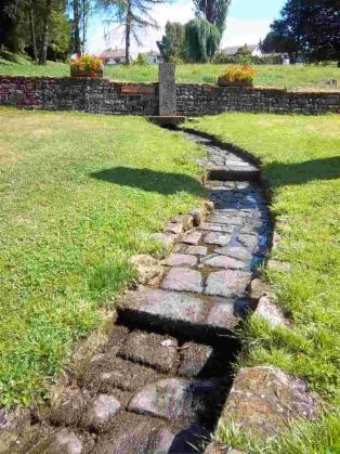 La source de la Saône à Vioménil. Photo de Patrick Huet.