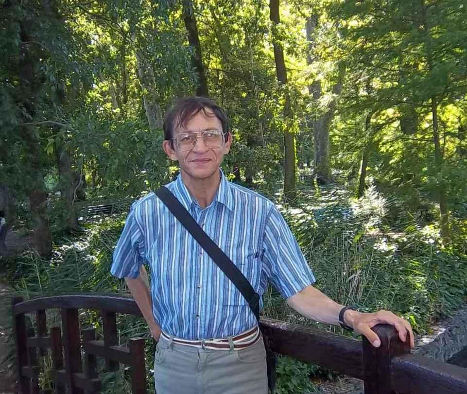 Patrick Huet, écrivain et Fleuve-trotteur, au Parc de la Tête d'Or à Lyon.